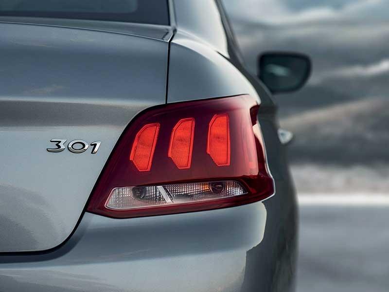 Peugeot - 301